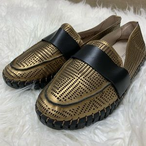 Bernie Mev NEW Bronze Metallic Leather Loafer TW74